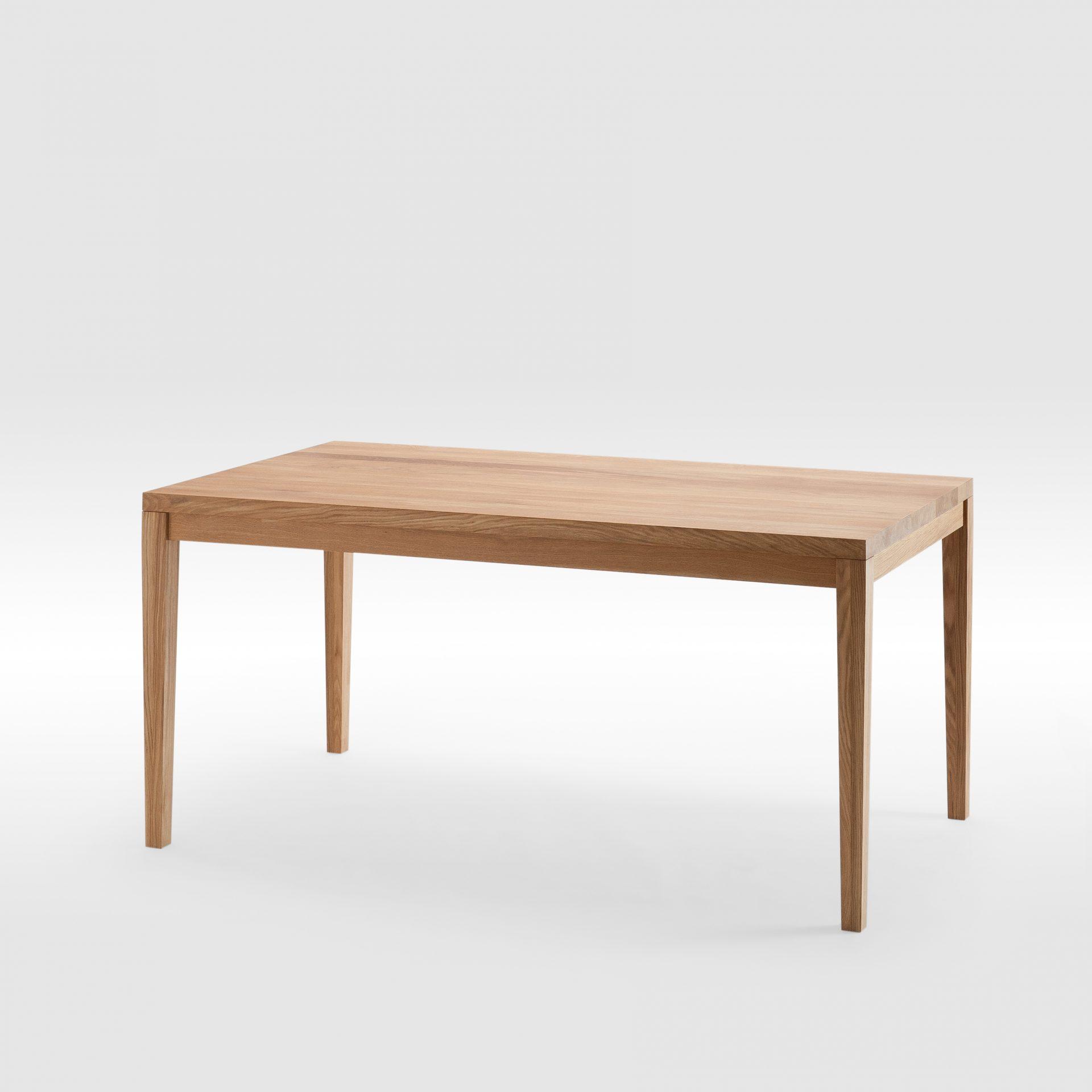 Ąžuolo masyvo valgomojo stalas