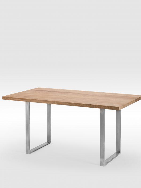 Valgomojo stalas su nedažytomis plieninėmis kojomis